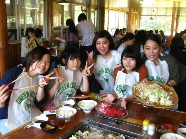 みんなでBBQをしました!たくさん食べてお腹いっぱ~い。